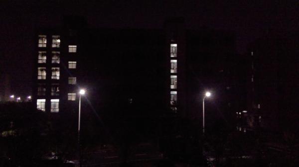 晚寝后23:00寝室熄灯图片1.jpg