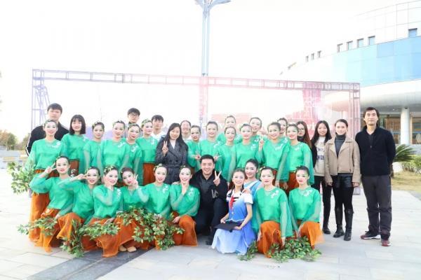 团委舞蹈节.png